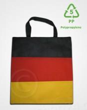 pp-taschen-mit-deutsche-flagge
